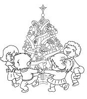 Xmas Tree With Kids Around